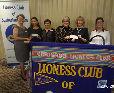 Sutherland Shire Lionesses cheque presentation
