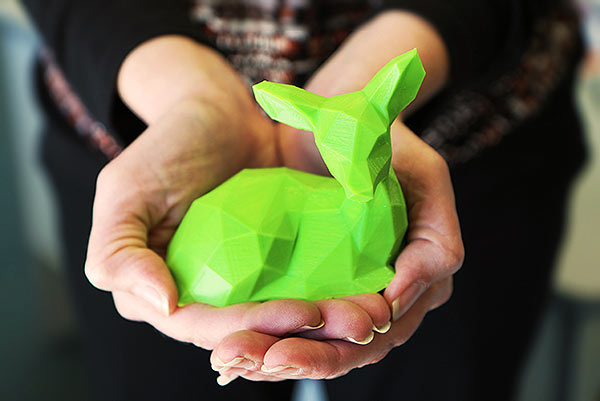 3D print of Low Poly Fawn by Slavikk (thingiverse.com/thing:906692)