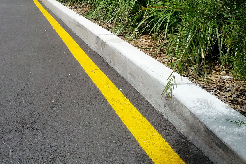 Yellow Curb Meaning >> Yellow Edge Lines Sutherland Shire Council