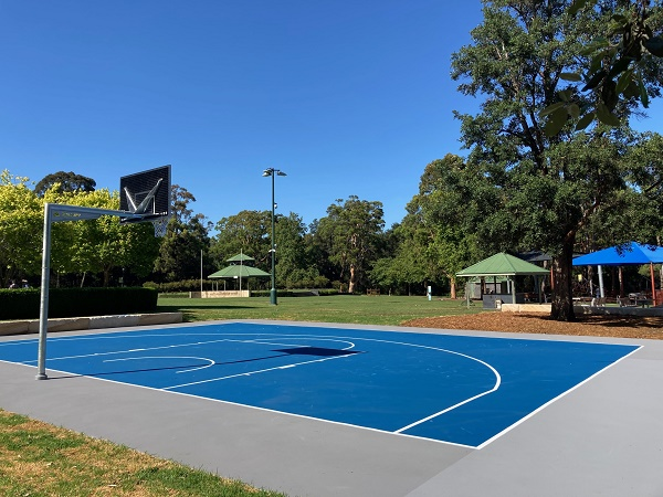 Parc Menai Half-Court Basketball Court 11 (A7251019).jpg